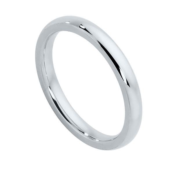 Womens Plain Platinum Wedding Ring