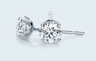 four claw diamond studs