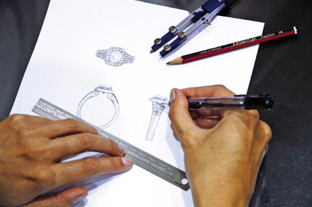 larsen jewellery drawingboard