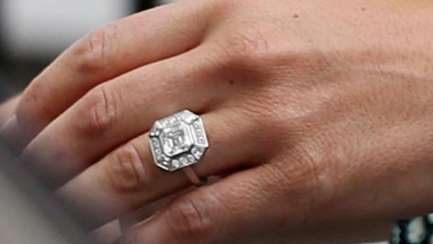 Kate Middleton Wedding Ring.Pippa Middleton S Engagement Ring Larsen Jewellery