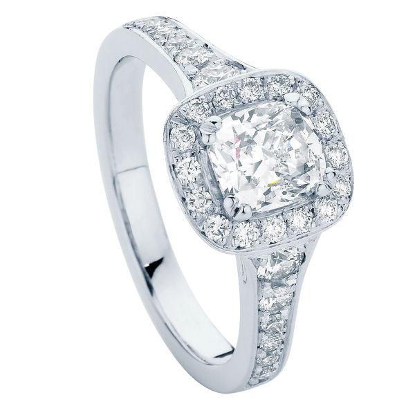 Blanco Platinum Engagement Ring