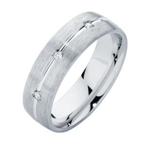 Brilliant Mens Platinum Wedding Ring