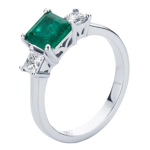 Enchanted White Gold Engagement Ring