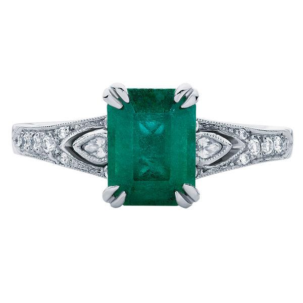 Eve Platinum Engagement Ring