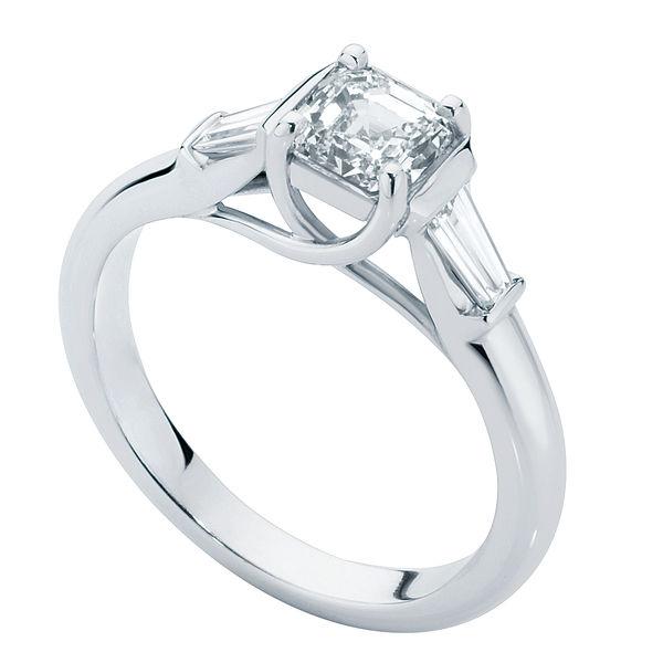 Fern White Gold Engagement Ring