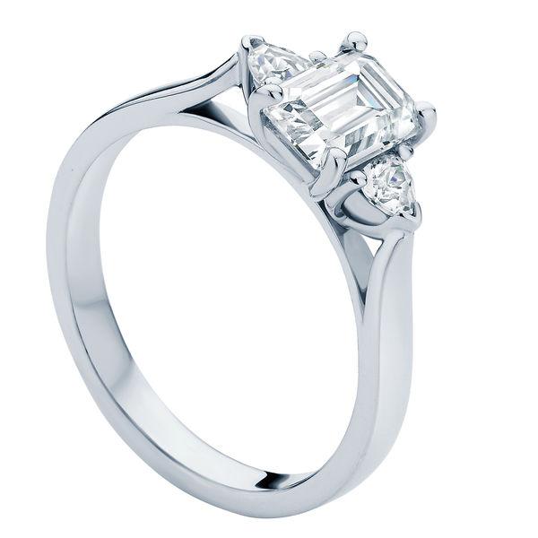 Luna Platinum Engagement Ring