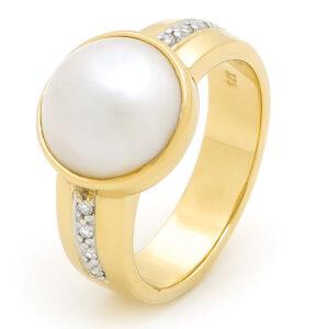 Pearl Ring II Dress Ring