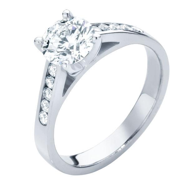 Poppy Platinum Engagement Ring