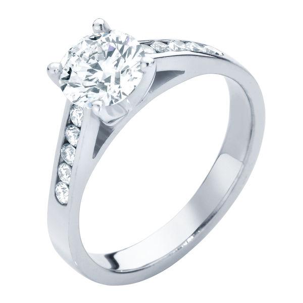 Poppy White Gold Engagement Ring