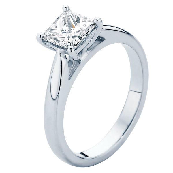 Principessa Platinum Engagement Ring
