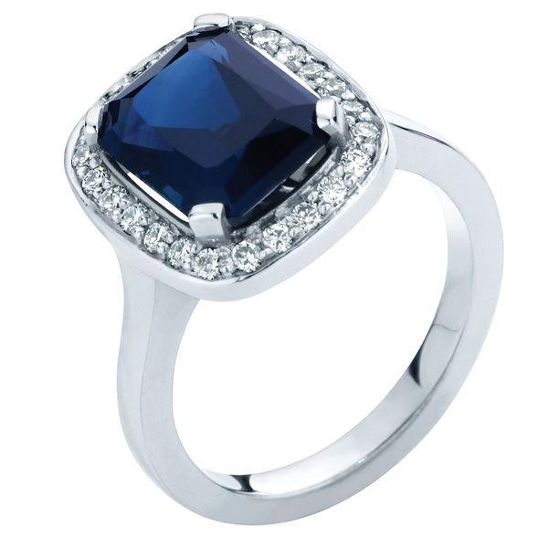 Regal White Gold Engagement Ring