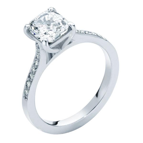 Sweet Pea Platinum Engagement Ring