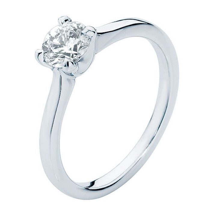 Simple engagement ring in white gold