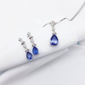 Pear Shape Ceylon Sapphire and Diamonds Earrings and Pendant Set