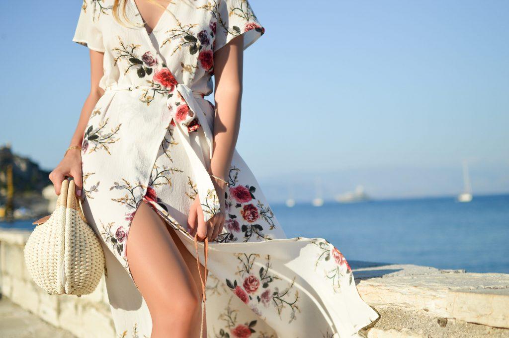Summer wedding guest in floral dress