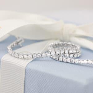 Custom made diamond tennis bracelet in white gold