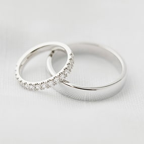 Hand made wedding rings in white gold. Make your own wedding rings
