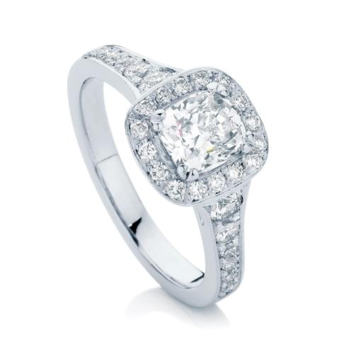 Cushion Halo Engagement Ring Platinum   Blanco