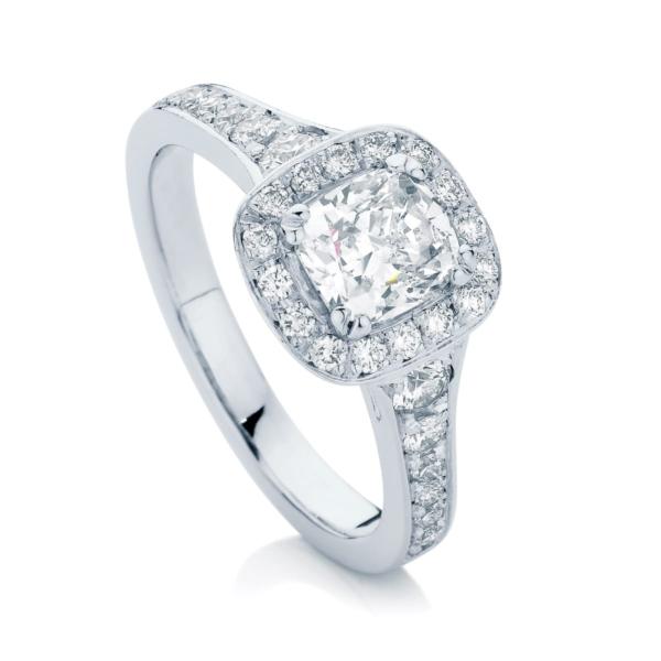 Cushion Halo Engagement Ring Platinum | Blanco