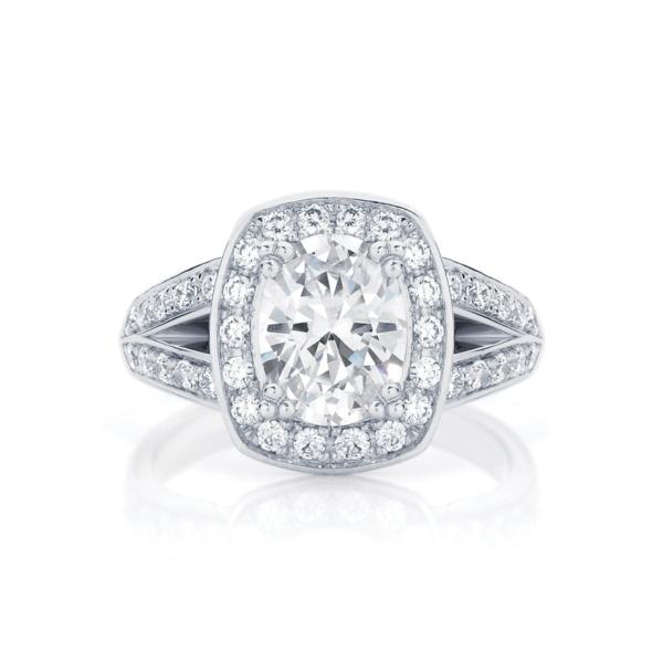 Oval Cut Engagement Ring Platinum | Diamond Sky