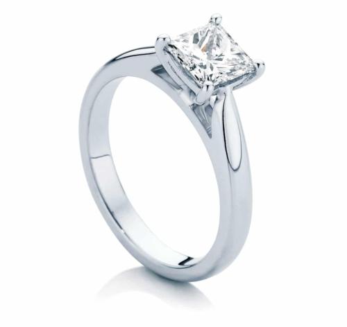Princess Solitaire Engagement Ring Platinum | Principessa