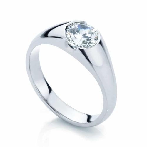 Round Solitaire Engagement Ring Platinum | Waterlilly