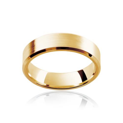 Mens Yellow Gold Wedding Ring Bevelled Edge