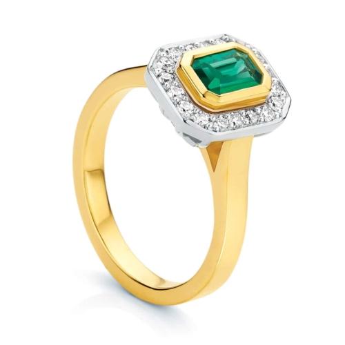Emerald Halo Dress Ring Yellow Gold   Cleopatra